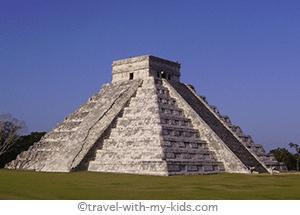 mexico-yucatan-with-kids-chichen-itza