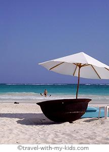 mexico-yucatan-with-kids-travel-tulum-beach
