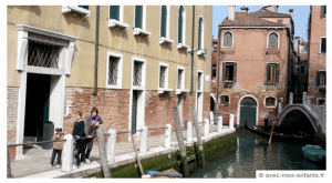 Venice-with-kids-canal-hotel