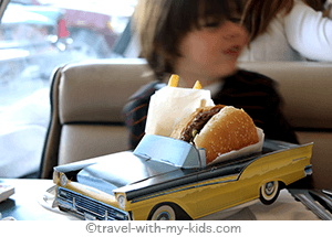 travel-with-kids-california-hamburger