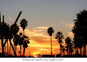 travel-with-kids-los-angeles-venice-beach