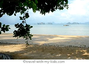 travel-with-kids-thailand-Ko-yao-Noi- Lom-Lae