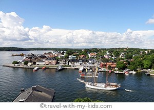 stockholm-with-kids- archipelago- Vaxholm.2