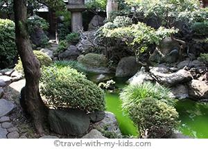 tokyo-with-kids-ryokan-garden