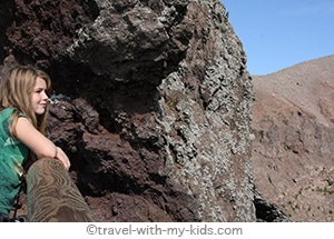 travel-naples-with-kids-mount-vesuvius