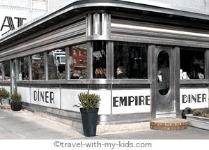 family-travel-new-york-city-with-kids-restaurant