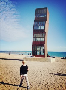 barcelona-with-kids-barceloneta-beach