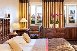 Travel to Paris with kids hotel left bank