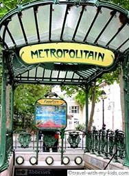 paris-with-kids-metro-subway