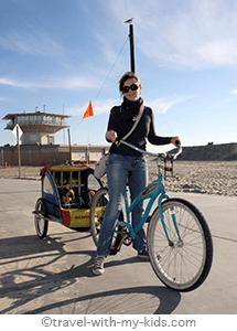 travel-with-kids-los-angeles-venice-beach-bike