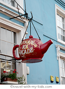 london-with-kids-family-travel-portobello-road