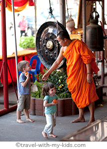 travel-with-kids-thailand-Ayutthaya