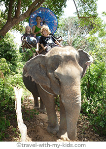 travel-with-kids-thailand-elephant-ride