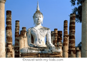 travel-with-kids-thailand-old-sukhothai