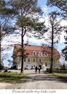 stockholm-with-kids- archipelago-Finnhamn-vandrarhem.2