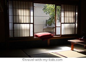 tokyo-with-kids-ryokan-tatami