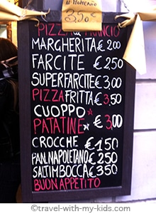 travel-naples-with-kids-eat-pizza