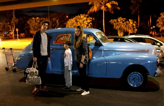 cuba-with-kids-old-vintage-american-car-cab