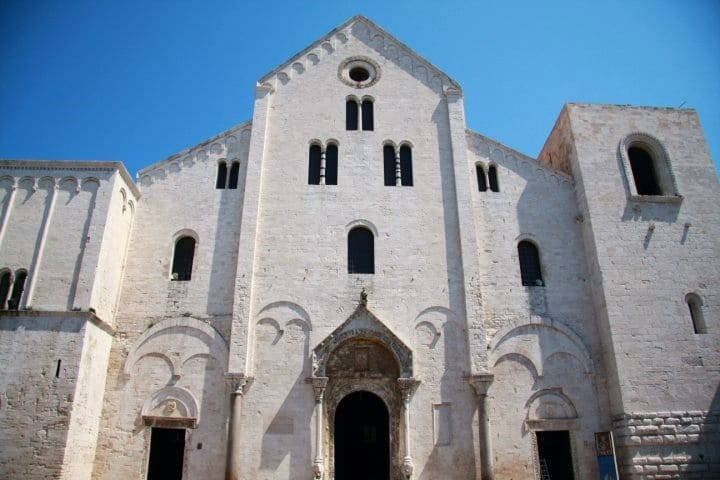 puglia-with-kids-italy-bari-cathedral